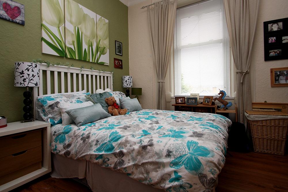 Tollcross bedroom.
